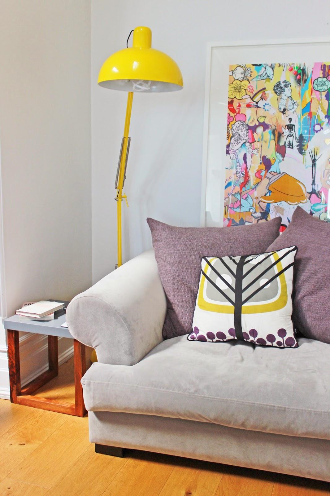 Interior | A Peek Inside Zoella Living Room | LOSTINOURMIND